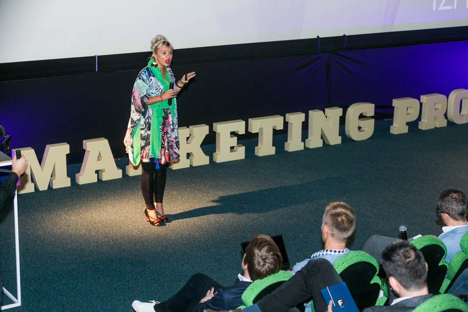 konferencja marketing progress i prelegentka Julia Izmałkowa